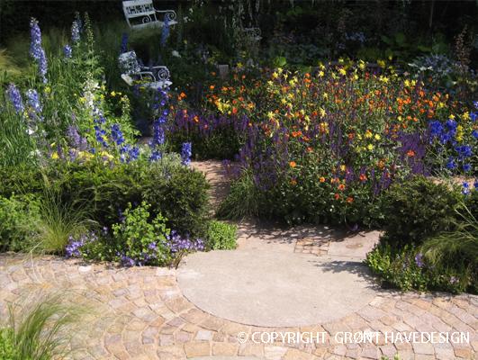 Bland stauder og sommerblomster og få en lang blomstring